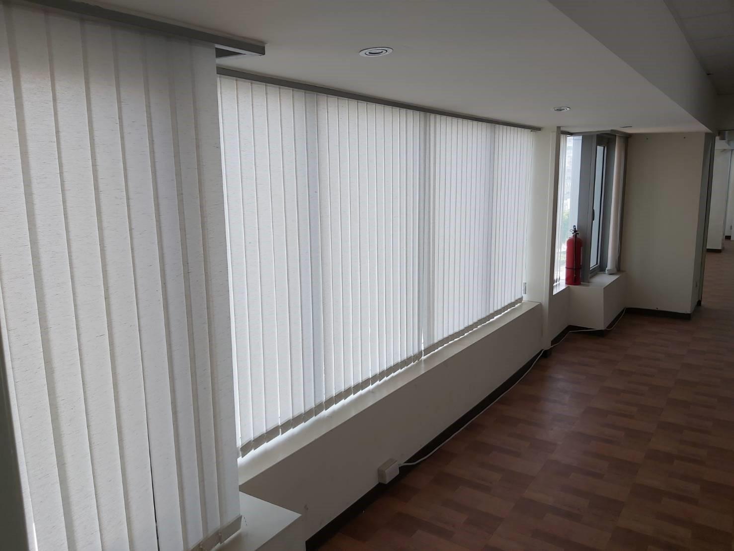 窗簾批發-直立簾